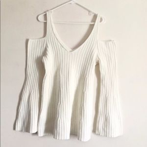 5/$25 Knitted & knitted cold shoulder sweater